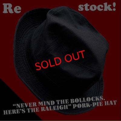 """画像1: 【再登場】""""NEVER MIND THE BOLLOCKS. HERE'S THE RALEIGH"""" PORK-PIE HAT"""